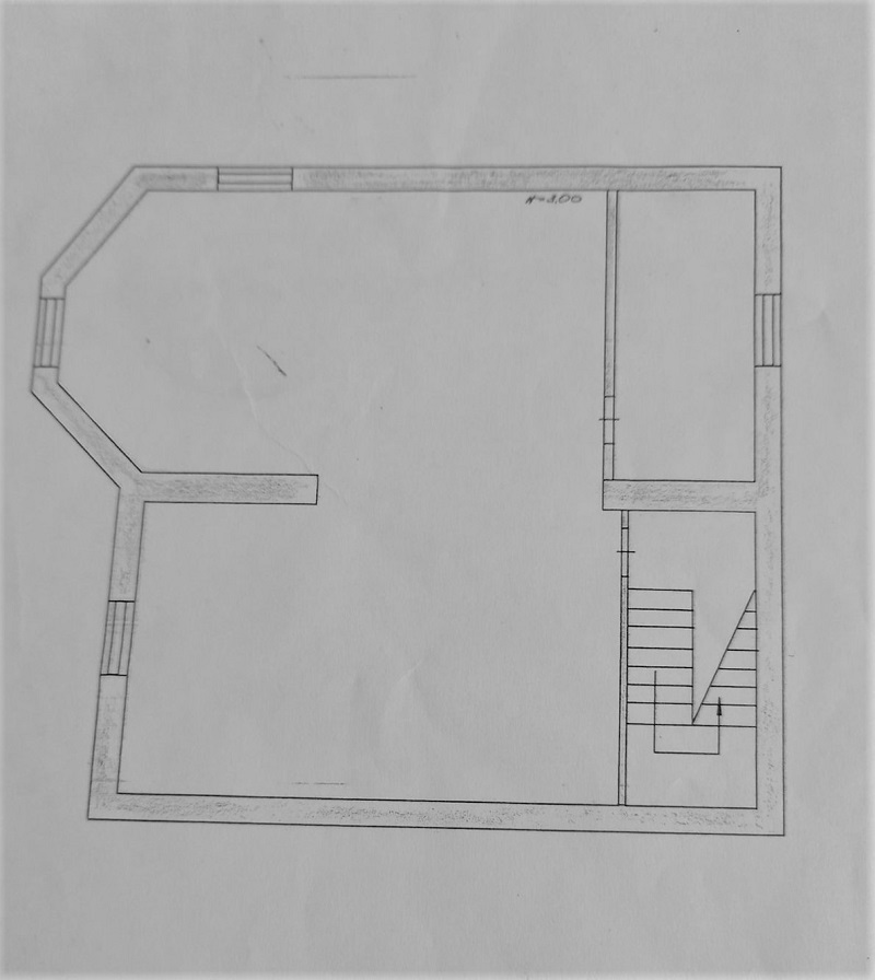 Підвальний поверх